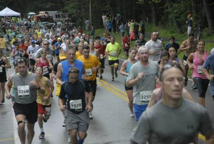 More than 6,000 runners will take part in Saturday's TD Beach to Beacon in Cape Elizabeth.