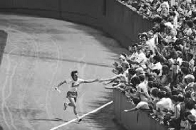 35 years ago, Dave McGillivray completed an historic cross-country run from Oregon to Massachusetts with a victory lap at Fenway Park.