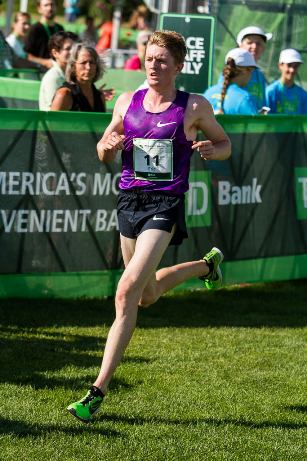 Eric Jenkins, American champion of the 2015 TD Beach to Beacon 10K. Kevin Morris photo.