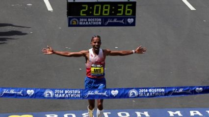 Meb Keflezighi win run in the 2014 TD Beach to Beacon 10K Road Race on Aug. 2. Photo by Greg M. Cooper, USA Today Sports.